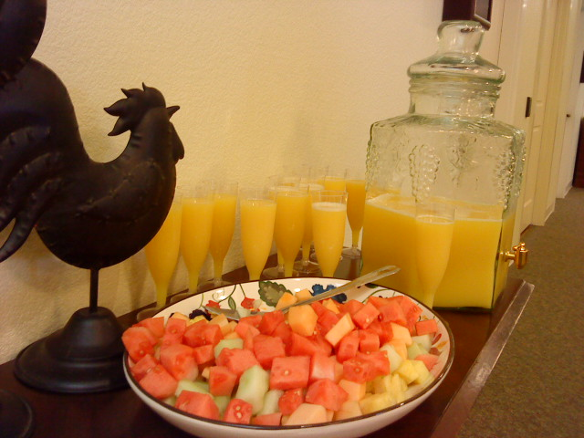 mothers-day-fruit-and-virgin-mimosas